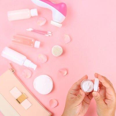 Makeup primer for combination skin