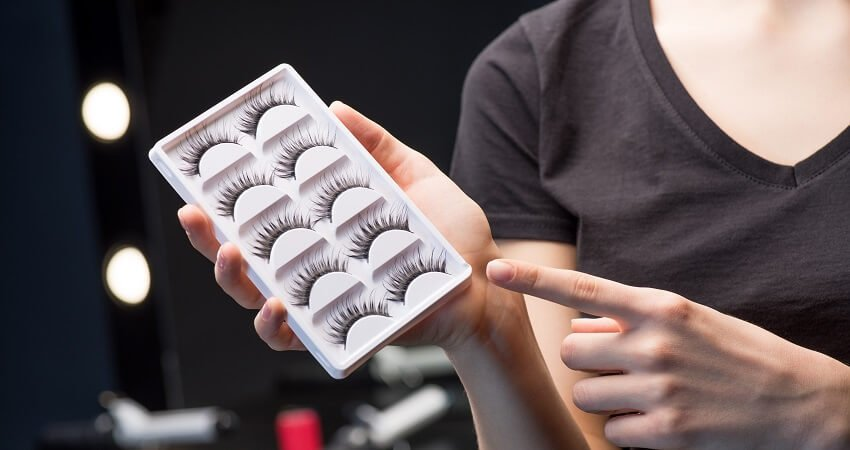Drugstore false eyelashes